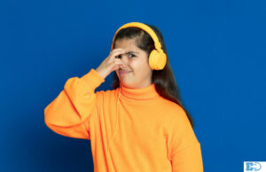 Stop Headphones From Smelling Bad